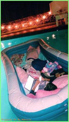 - Summer Vibes pin / insta ~ ladycarolinewiley✰ # – Sommergefühl , Source by homeroofingtips Cute Friend Pictures, Best Friend Pictures, Friend Pics, Summer Dream, Summer Fun, Summer Nights, Cute Friends, Best Friends, Fun Sleepover Ideas
