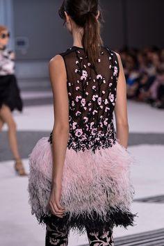 Giambattista Valli at Couture Fall 2015 (Details)