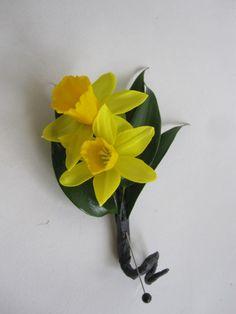 Daffodil boutonnière