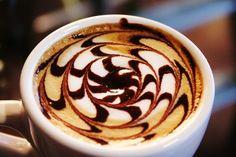 Un cappuccino caldo la mattina LOVE
