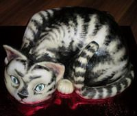 Carved 3D cat cake tutorial