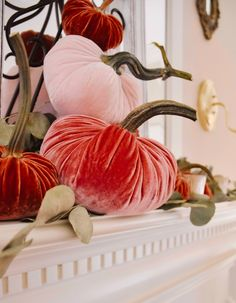 Home for Thanksgiving – Lovely Livings Fall Home Decor, Autumn Home, Fall Cleaning, Thanksgiving Table, Blog, Design, Blogging, Thanksgiving Dinner Tables