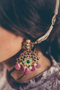 An earchain that can also be worn as a bracelet is like having both silver and gold in your jewellery, and guess what, it literally is that combination. Set in silver and plated in gold, this ornament is one of a kind. Indian Jewelry Earrings, Indian Wedding Jewelry, India Jewelry, Temple Jewellery, Ethnic Jewelry, Bridal Jewelry, Gold Jewelry, Jewelery, Heart Earrings