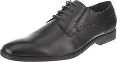 Elegante bugatti Business Schuhe für besondere Anlässe. Die geradlinige und schmale Form mündet in eine markant geformte Karree-Schuhspitze, die die Zehen nicht einengt.  - weiter Einstieg - niedrig geschnittener Schaftbereich - elastischer Einsatz am Bereich der Lasche - fester Schnürverschluss - leicht gepolsterte Decksohle - bequemer Blockabsatz mit shock absorber - Schnürsenkel in Kontrastf...