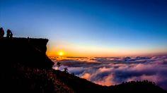 Timelapse sunrise at Phu Chi Fa in Chiangrai Thailand  ....OMG!