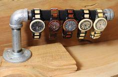 Steampunk Pipe and Wood Watch or Bracelet Holders or Display Bracelet Display, Jewellery Display, Bracelet Holders, Pop Display, Watch Display, Watch Storage, Watch Holder, Black Pipe, Ideias Diy