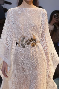 Details at Zuhair Murad Spring 2014 Haute Couture Zuhair Murad, Stunning Dresses, Beautiful Gowns, Nice Dresses, Gala Dresses, Couture Dresses, Style Couture, Couture Fashion, Couture Details
