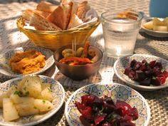 Marokkanischer Lunch http://www.fuersie.de/kitchen-girls/food-travel/blog-post/reisebericht-marokko