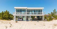 7 Gorgeous Hamptons Rentals to Lock Down Now via @PureWow