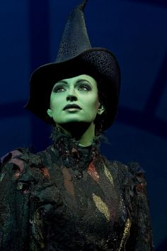 Iconic costume worn by Idina Menzel as Elphaba, the Wicked Witch of the West, in the Broadway musical Wicked. Elphaba Costume, Wicked Costumes, Halloween Costumes, Halloween Makeup, Amazing Costumes, Witch Costumes, Halloween Witches, Halloween 2018, Halloween Ideas