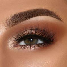Top 100 stunning eye makeup Oben 100 atemberaubende Augen Make up Ideen Top 100 stunning eye makeup ideas - Makeup Eye Looks, Eye Makeup Tips, Cute Makeup, Gorgeous Makeup, Skin Makeup, Eyeshadow Makeup, Makeup Ideas, Eye Makeup For Prom, Drugstore Makeup