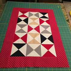 SewSew:  January Craftsy Block of the Month Quilt Project (Jan 2016)
