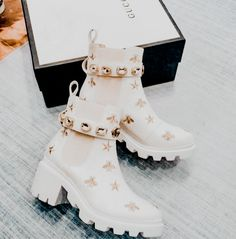 White Gucci Embroidered Bee Embellished Boots
