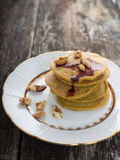 Vegan pancakes with buckwheat Vegan Pancakes, What's For Breakfast, Buckwheat, Recipies, Easy Meals, Mille Crepe, Crepes, Food Ideas, Recipes