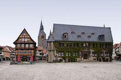 #Umzug #Quedlinburg - Sie haben einen Umzug nach Quedlinburg geplant? – JH-Umzüge & Transporte sind der beste Partner an Ihrer Seite! Partner, Cabin, Mansions, House Styles, Box, Transportation, City, Germany, Pictures
