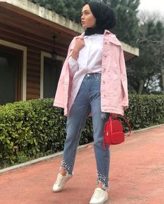Wonderful clothes Great outfit for summer FOLLOW US to see more 🌸🌸🌸🌸 love you guys😃 Islamic Fashion, Muslim Fashion, Modest Fashion, Modest Outfits, Girl Outfits, Cute Outfits, Fashion Outfits, Women's Fashion, Girl Hijab