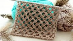 Yazlık şal ve yeleklerde kullanmanız için delikli bir örgü modelinin detay… We share the detailed description of a perforated knitting pattern for use in summer shawls and vests. Mesh is a very useful model for women! Easy Knitting Patterns, Lace Knitting, Knitting Stitches, Stitch Patterns, Crochet Patterns, Knitting Scarves, Knitting Needles, Knitting Videos, Crochet Videos