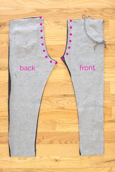 how to sew girls' skinny jeans from a leggings pattern - It's Always Autumn Girls Skinny Jeans, Girls Jeans, Pants Tutorial, Patterned Jeans, Dress Sewing Patterns, Sewing Basics, Pants Pattern, Fashion Sewing, Sewing Tutorials