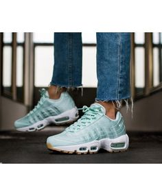 NIKE Wmns Air Max 90 light bonemushroom particle pink white