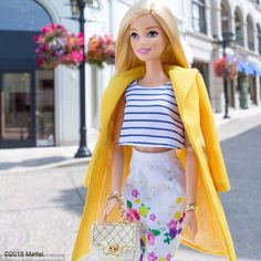 Barbie in Pencil skirt. Doll Clothes Barbie, Barbie Dress, Barbie Barbie, Barbie Life, Barbie World, Barbie Images, Barbie Fashionista Dolls, Beautiful Barbie Dolls, Barbie Collection