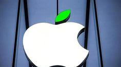 Apple Çevresel Sorumluluk Raporu: 'Yenilenebilir Enerjiden Güç Alıyoruz' Dünyanın iyiliği için elinden gelenin en iyisini yapmak amacıyla yola çıktığını belirten Apple, geri dönüşüm ve yenilenebilir enerjiye dair hedeflerini paylaştı.