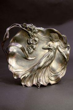 """design-is-fine: """" Bowl for Business cards, Pewter. Via Herr Auktionen """" Belle Epoque, Art Decor, Decoration, Style Floral, Jugendstil Design, Pattern Photography, Art Nouveau Design, Art Nouveau Jewelry, Sculpture"""