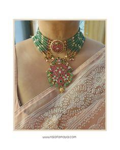 Indian Jewelry Earrings, Fancy Jewellery, Jewelry Design Earrings, Indian Wedding Jewelry, Gold Jewellery Design, Bead Jewellery, Indian Gold Jewellery, Gold Jewelry, Jewelry Accessories
