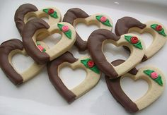 Heart Cookies from the polka dot zebra Valentines Day Food, Valentine Cookies, Easter Cookies, Galletas Cookies, Cupcake Cookies, Sugar Cookies, Cupcakes, Chocolate Chip Cookie Cake, Chocolate Dipped