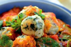 Curried vegetable balls with tomato and spinach sauce – Recipes – Bite