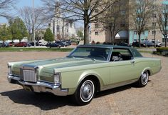 1969 Lincoln Continental Mk III coupe