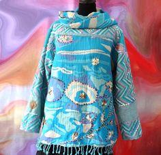 Pull femme pure laine tissée bleu turquoise rebrodé au brin de laine avec col snood : Pulls, gilets par akkacreation