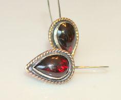 January birthstone earrings - velvety, rich red garnets by #MyFascinationStreet on Etsy