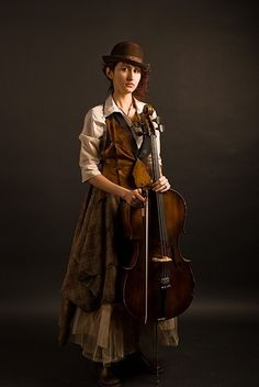 steampunk girl outfit (violoncello musician) I love how simple it is.