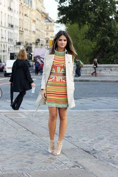 Fashion Jobs, High Fashion, Paris Fashion, Pat Bo, Burberry, Estilo Blogger, Neon, Nice Body, Get The Look