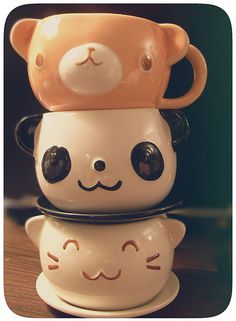 """""""totem pole of kawaiiness by cuppycake fiend, via Flickr @lexi Pixel Duarte-Massey Green""""...I want these"""
