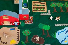DIY Farm Felt Play Mat.......love the attention to detail in this......blog said it takes forever though!