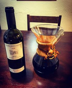 2008 Clos Mogador. Mostly Grenache Cabernet Sauvignon and Syrah.  Incense violets game smoke truffles. Oh yes.  Very much yes! #priorat #spanishwine #closmogador #finewine #chemex http://ift.tt/1U25kLY