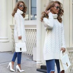 chunky-white-sweater-with-jeans- Winter ootd lookbook http://www.justtrendygirls.com/winter-ootd-lookbook/