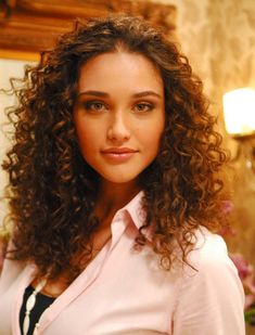 Unique Long Curly Hair Photo – Men Can Choose Versus Multiple Hairstyles. Curly Hair Tips, Long Curly Hair, Curly Girl, Wavy Hair, Her Hair, Curly Hair Styles, Natural Hair Styles, Curls Hair, Natural Beauty