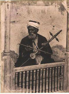 Guitarist rababa the late Nineteenth century