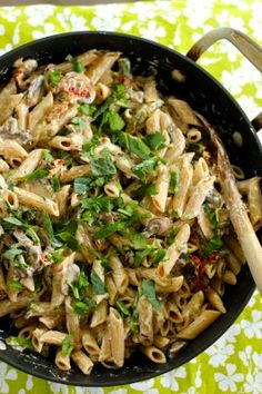 Eat Good 4 Life Penne with mushrooms, sun dried tomatoes and asparagus