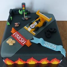 Race car cake for boy, made by Wendy Franssen Racing Cake, Race Car Cakes, Car Cakes For Boys, Boy Cakes, Cake Cookies, Cupcake Cakes, Cupcakes, Birthday Cakes, Birthday Ideas