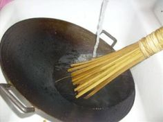 Bamboo wok brush: easy, no-soap wok and pan cleaning tool