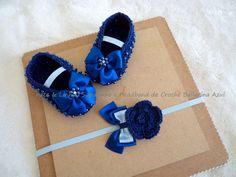 Sapatinho e Headband de Crochê Bailarina Azul  Encomendas personalizadas whatsapp 62 98146.4188 email artelinharj@gmail.com Instagram: @croche_artelinha www.elo7.com.br/crocheartelinha