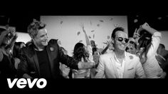 Music video by Alejandro Sanz performing Deja Que Te Bese. (C) 2016 Universal Music Spain, S.L. http://vevo.ly/pQFMKo