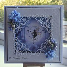 Ik vind de verdiepte kaart erg mooi en het is een goed idee hoe dit afgewerkt is met hoekjes. Beautiful stamps by Lavinia