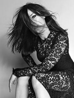 Emily Blunt by Matthias Vriens-Mcgrath for Elle 2010