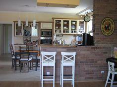 konyhapúlt téglából - Google keresés Google, Table, Furniture, Home Decor, Decoration Home, Room Decor, Tables, Home Furnishings, Home Interior Design
