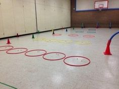 This game you hide a ghost under cones and you let the kids try to find then while on a scooter. As the kids wait to go the do some kind of fitness activity. Warm up or wined down. Physical Education Lesson Plans, Pe Lesson Plans, Elementary Physical Education, Physical Education Activities, Elementary Pe, Pe Activities, Health And Physical Education, Gross Motor Activities, School Age Games