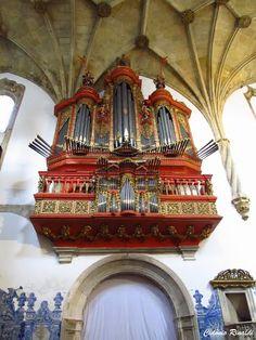 Mosteiro de Santa Cruz - Coimbra  Portugal